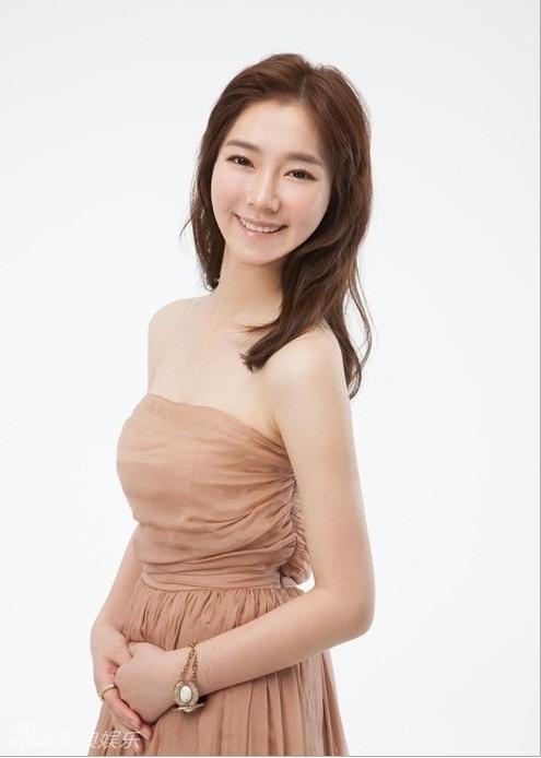 фото голая китайская школьница