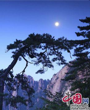 Прекрасный вечер праздника Середины осени 2013 в горах Хуаншань