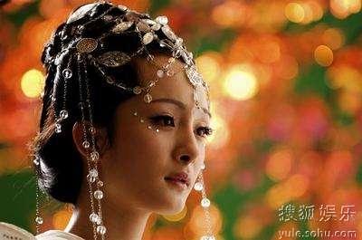 Фото: Красавица Ян Ми в древних нарядах