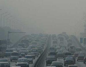В китайской столице в дни сильного загрязнения воздуха будет введено дополнительное ограничение проезда транспортных средств по автотрассам