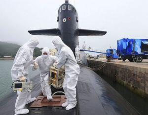 Впервые обнародованы фотографии атомного подводного флота ВМС НОАК