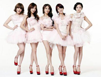 Сексуальные члены женских поп-групп Южной Кореи