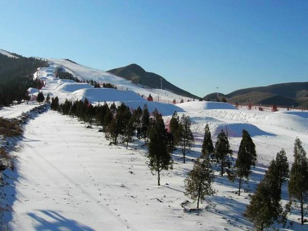 Топ-10 горнолыжных курортов в районе Пекина