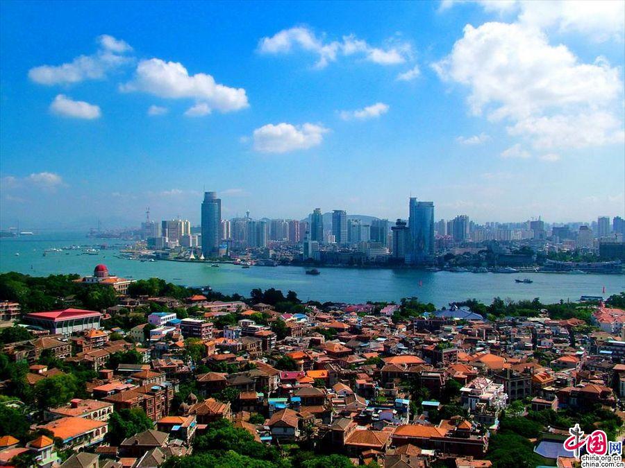 Сямэнь – один из самых счастливых городов Китая 2013 г.