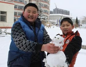 «Хребет провинции Шаньдун» -- уезд Июань встретил первый снегопад в Год Лошади