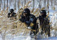 ОМОН Синьцзяна провел тренировку в снегу