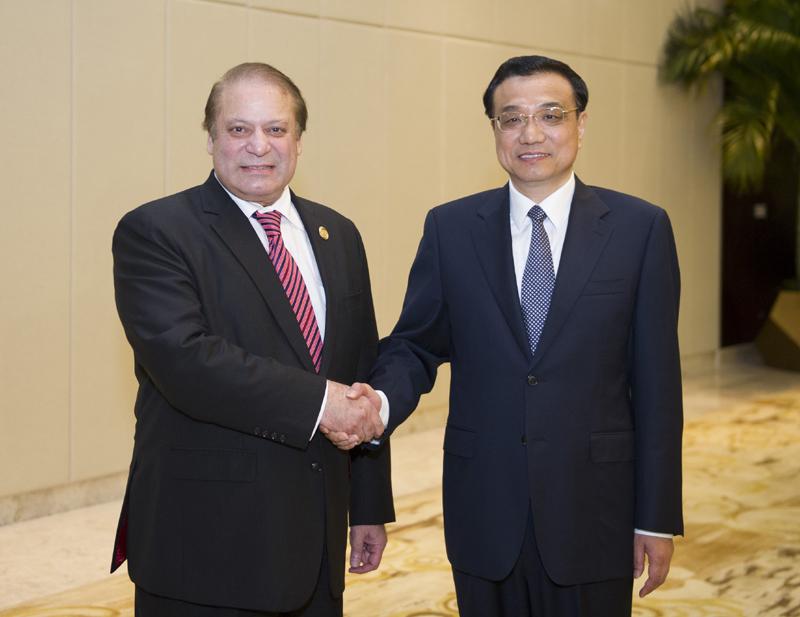 Ли Кэцян встретился с премьер-министром Пакистана Н.Шарифом