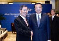 Ли Кэцян встретился с почетным председателем правления Тайваньского фонда общего рынка двух берегов Тайваньского пролива