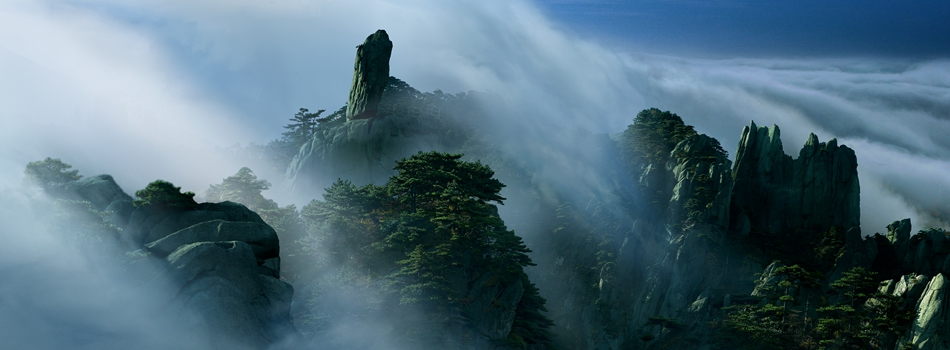 Камни в горах Хуаншань