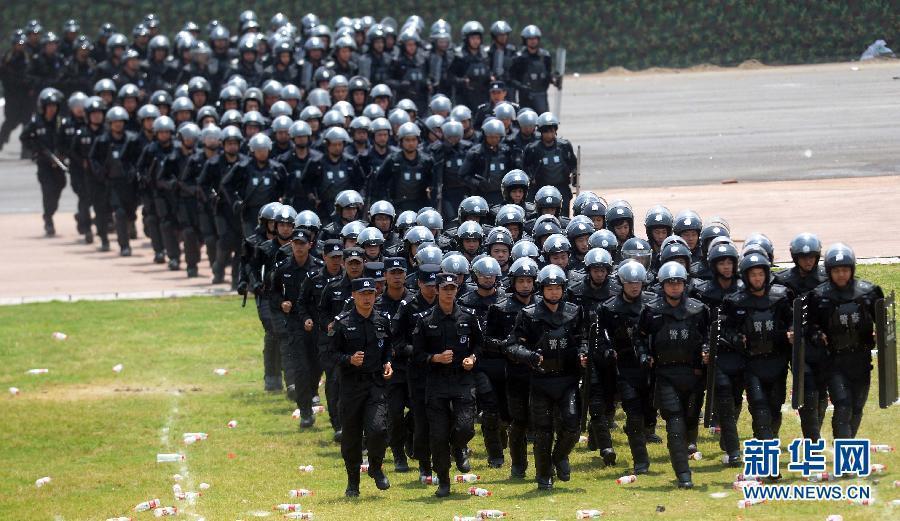Элитные антитеррористические отряды собрались в провинции Чжэцзян для учений