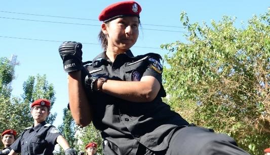 Первый женский патруль в Турфане Синьцзяна