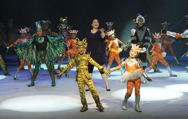 В детском театре Шанхая состоялось грандиозное 3D-шоу