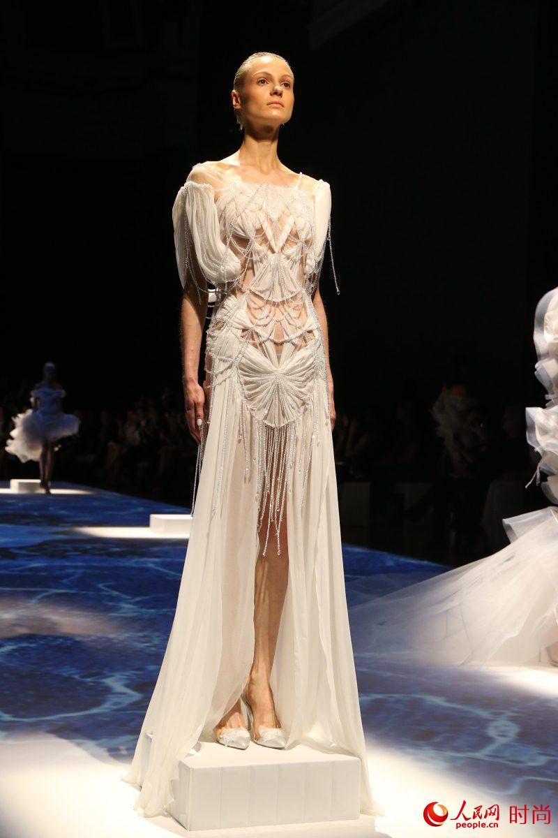 Платья от китайского дизайнера