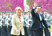 Визит Ли Кэцяна в Германию: обсуждение темы инноваций и открытости, германские СМИ называют два государства «идеальной парой»