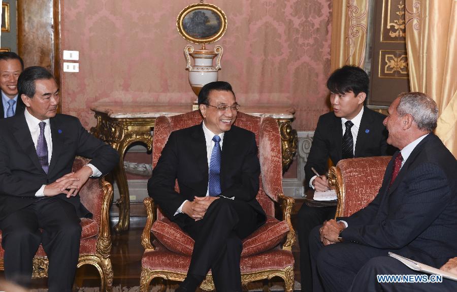 Ли Кэцян встретился с председателем Сената Италии