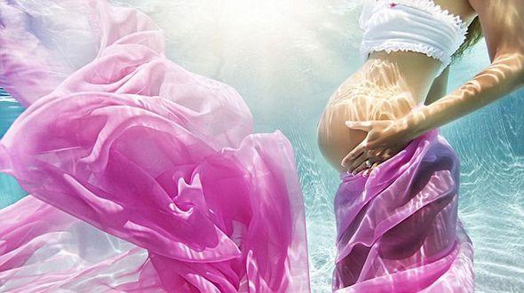 Прекрасные снимки беременных под водой