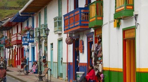 9 поселков мира с красивой архитектурой по версии CNN