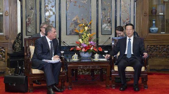 Вице-премьер Госсовета КНР Чжан Гаоли встретился с главой Роснефти И.Сечиным