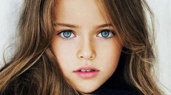 9-летняя минимодель – Кристина Пименова в новых снимках