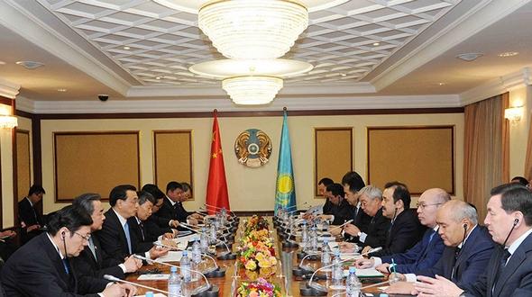 Иностранные СМИ: визит Ли Кэцяна в Казахстан обеспечил бурный рост на китайских фондовых рынках