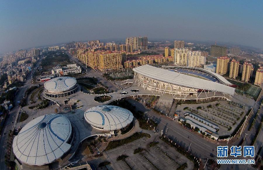 Город Циньчжоу Гуанси-Чжуанского автономного района с высоты птичьего полета