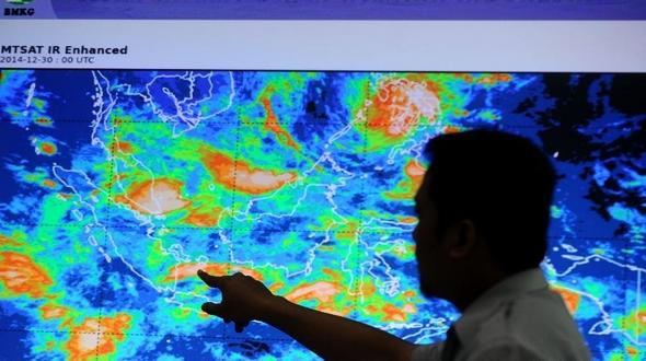 Объекты, возможно имеющие отношение к пропавшему самолету 'Эйр Эйша', замечены в Яванском море