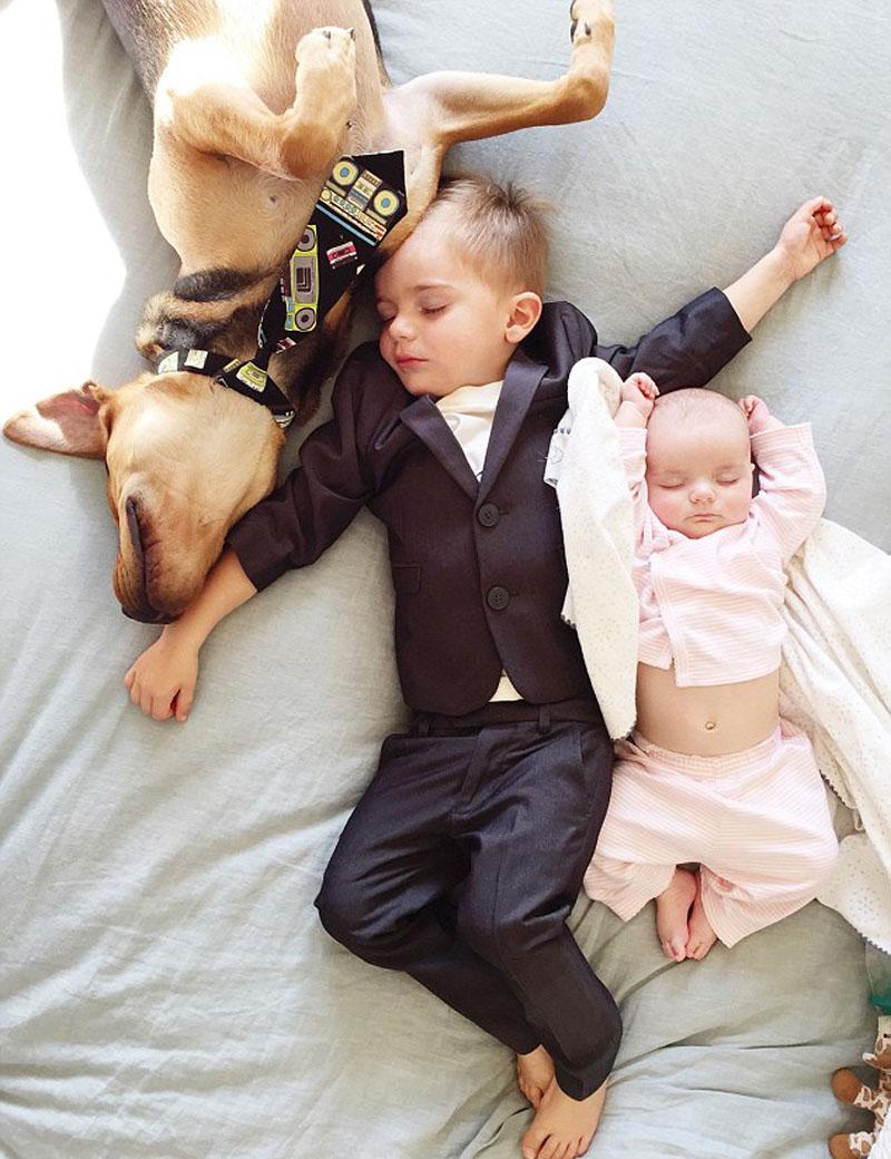 Пьяный брат трахнул спящую сестру 11 фотография