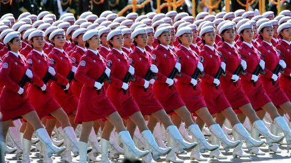 14 военных парадов после образования КНР