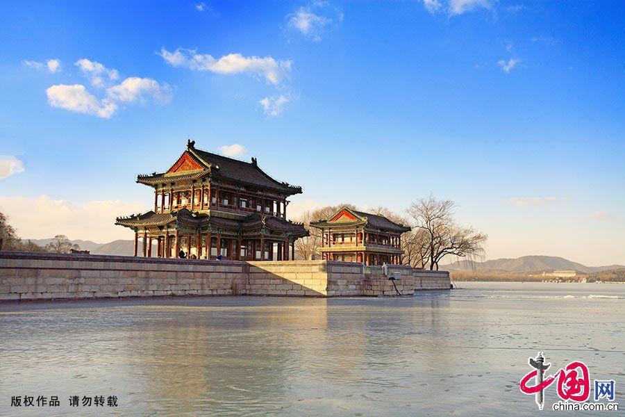 Прекрасные зимние пейзажи парка Ихэюань