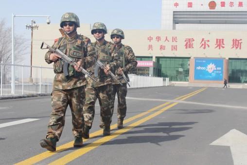 В КПП Хоргос (Синьцзян) усиливает обеспечение безопасности во время сессий ВСНП и ВК НПКСК