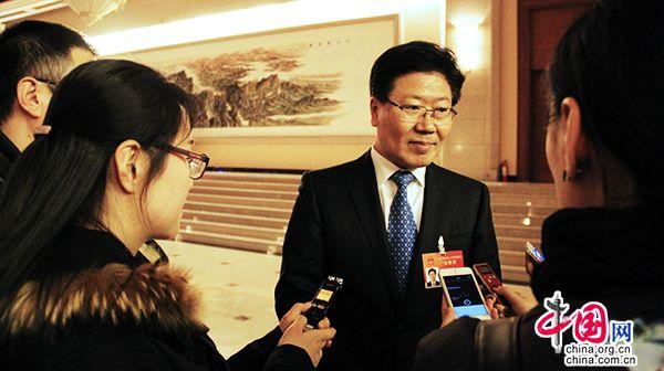Чжан Чуньсянь: в Синьцзяне началась реализация стратегии ?один пояс, один путь?