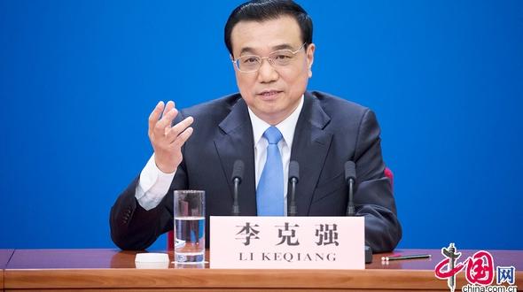 Специальный выпуск о встрече Ли Кэцяна с журналистами: изящные манеры премьера Госсовета Ли Кэцяна