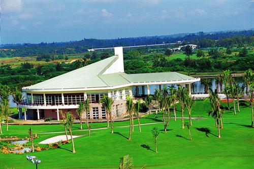 Прекрасный корт гольфа в Боао