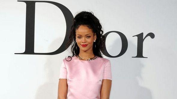 Рианна стала новым лицом Dior