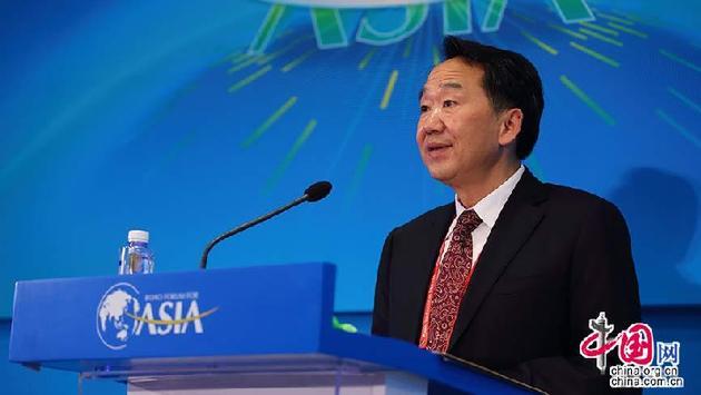 Цзян Цзяньго выступил с речью на форуме руководителей СМИ в Боао
