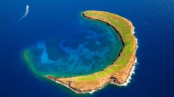 12 самых необычных по форме островов