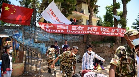 Китайский спасательный отряд в Непале оказал помощь 600 пострадавшим