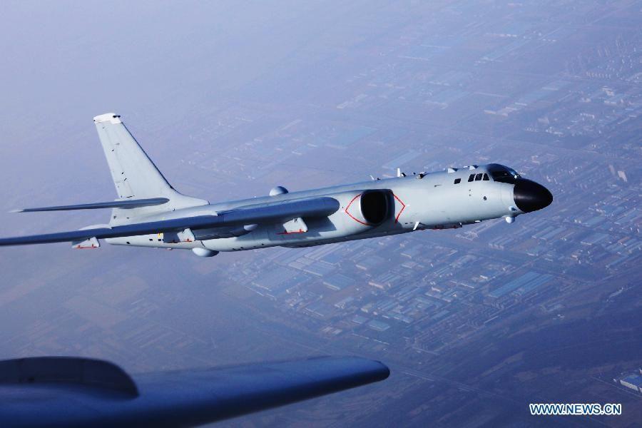ВВС Китая совершили первый полет над проливом Мияко по пути к западной части Тихого океана, где прошли учения