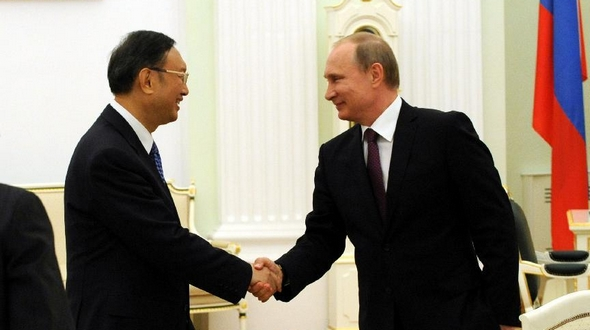 Президент РФ В. Путин встретился с членом Госсовета КНР Ян Цзечи