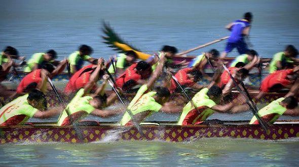 В Китае стартовал Фестиваль лодок-драконов 2015