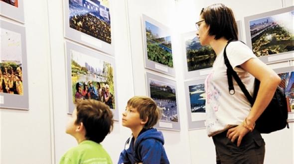 Фотовыставка прекрасного города Тяньцзиня в рамках акции «Россия знакомится с Китаем» получила много положительных отзывов