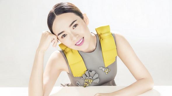 Актриса Чжан Цзыи на обложках журнала (4 фото)