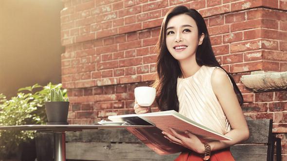 Новейшие фотографии красавицы Цинь Лань