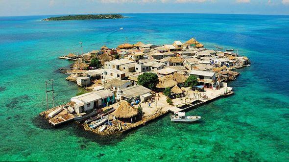 Санта Крус Дел Ислоте: самый густонаселенный остров