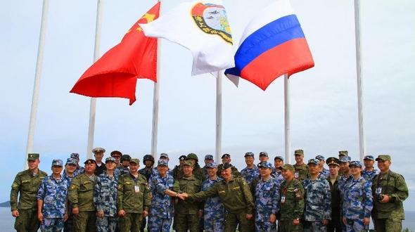 Успешно выполнилась совместная высадка морской пехоты Китая и России в рамках китайско-российских совместных учений 'Морское взаимодействие-2015 (II)'