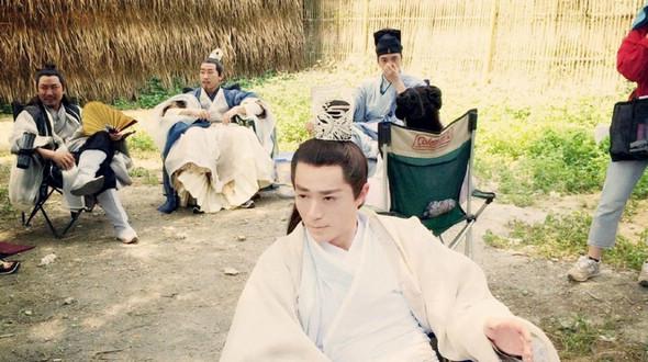 Интересные фото со съемок телесериала «Хуа Цяньгу»