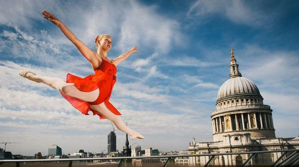 Балетные танцы на улицах в Лондоне