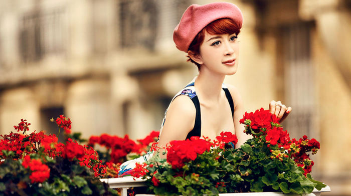 Красотка Цзинь Цяоцяо в модных фото
