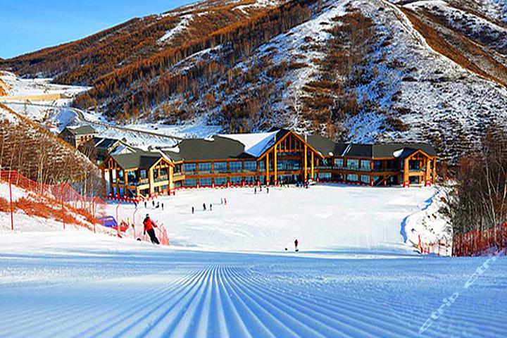 Площадки A и B лыжного курорта Genting ski resort
