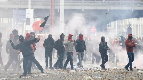 Несколько десятков тысяч человек приняли участие в протестном шествии в Бельгии